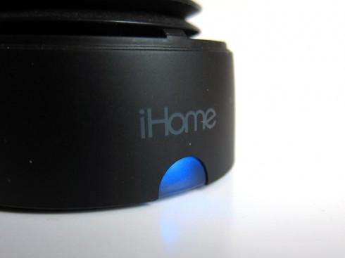 Wiederaufladbare iHome iHM79 Mini-Lautsprecher